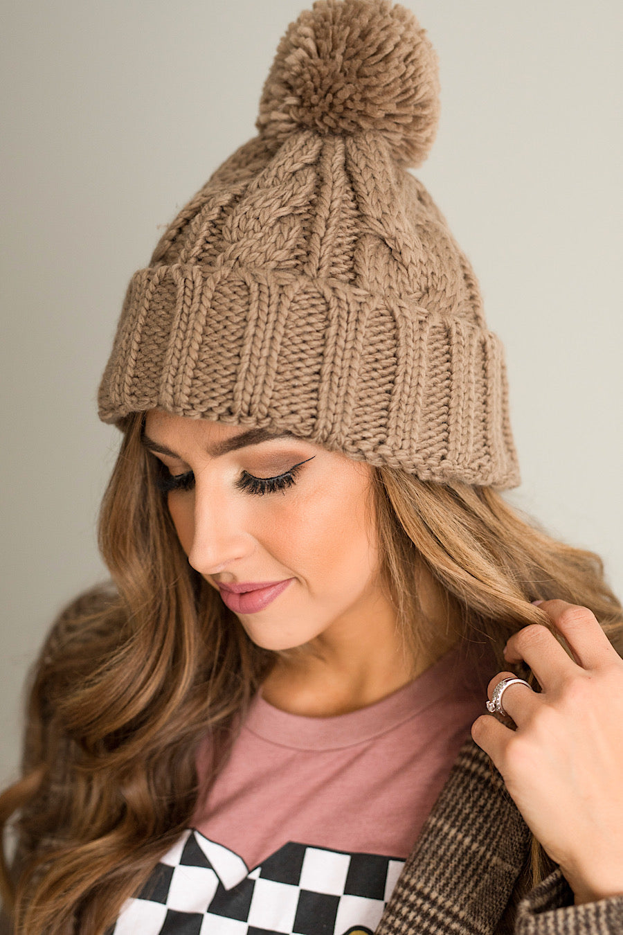 Knit PomPom in Taupe