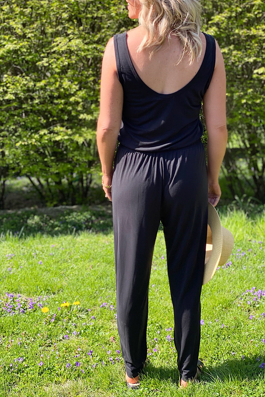Incognito Black Sleeveless Jumpsuit
