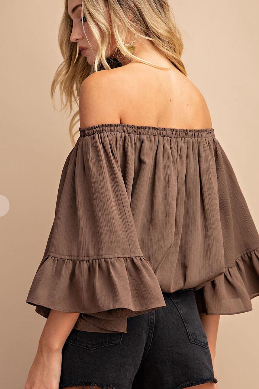 Montelucia Off the Shoulder Blouse in Cocoa