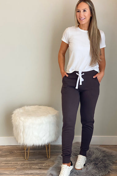 Fleece Joggers with Pockets in Coffee