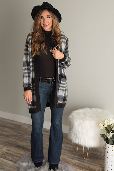 Buffalo Plaid Cardigan in Black & White
