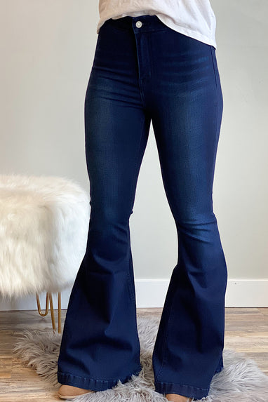 Alyvia Super Flare Jeans