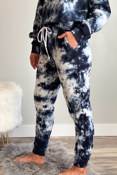 Downward Spiral Tie Dye Jogger in Black