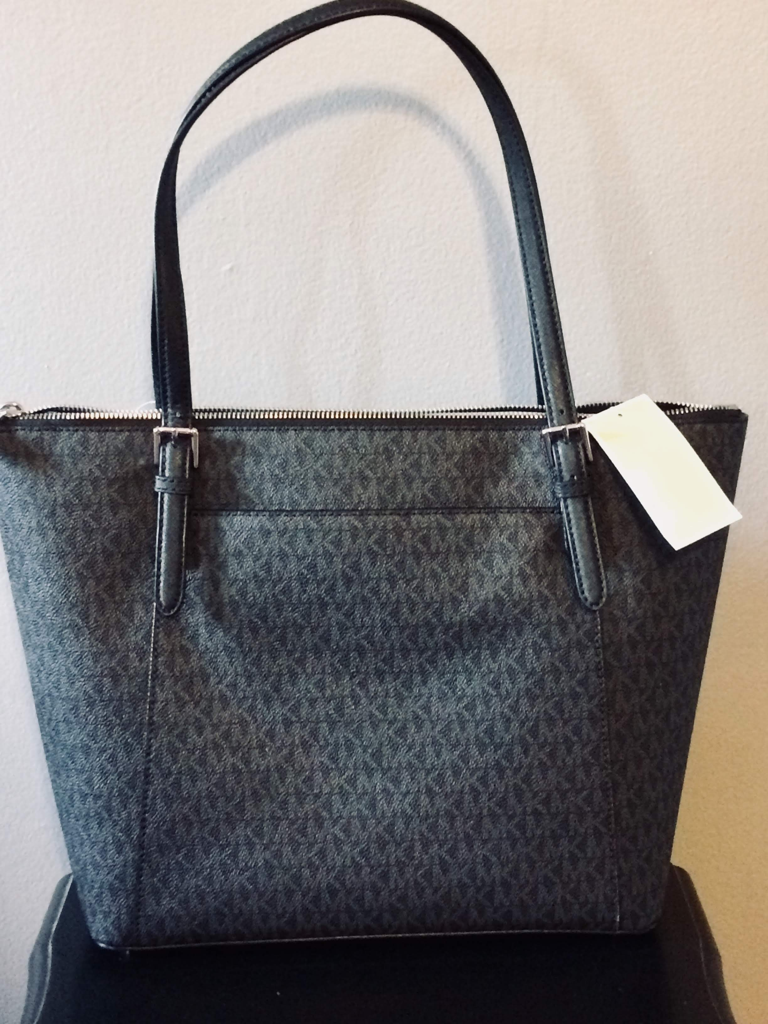f5a3c6b3e74e MICHAEL Michael Kors Ciara Large EW Top Zip Tote – Glamour and Style ...