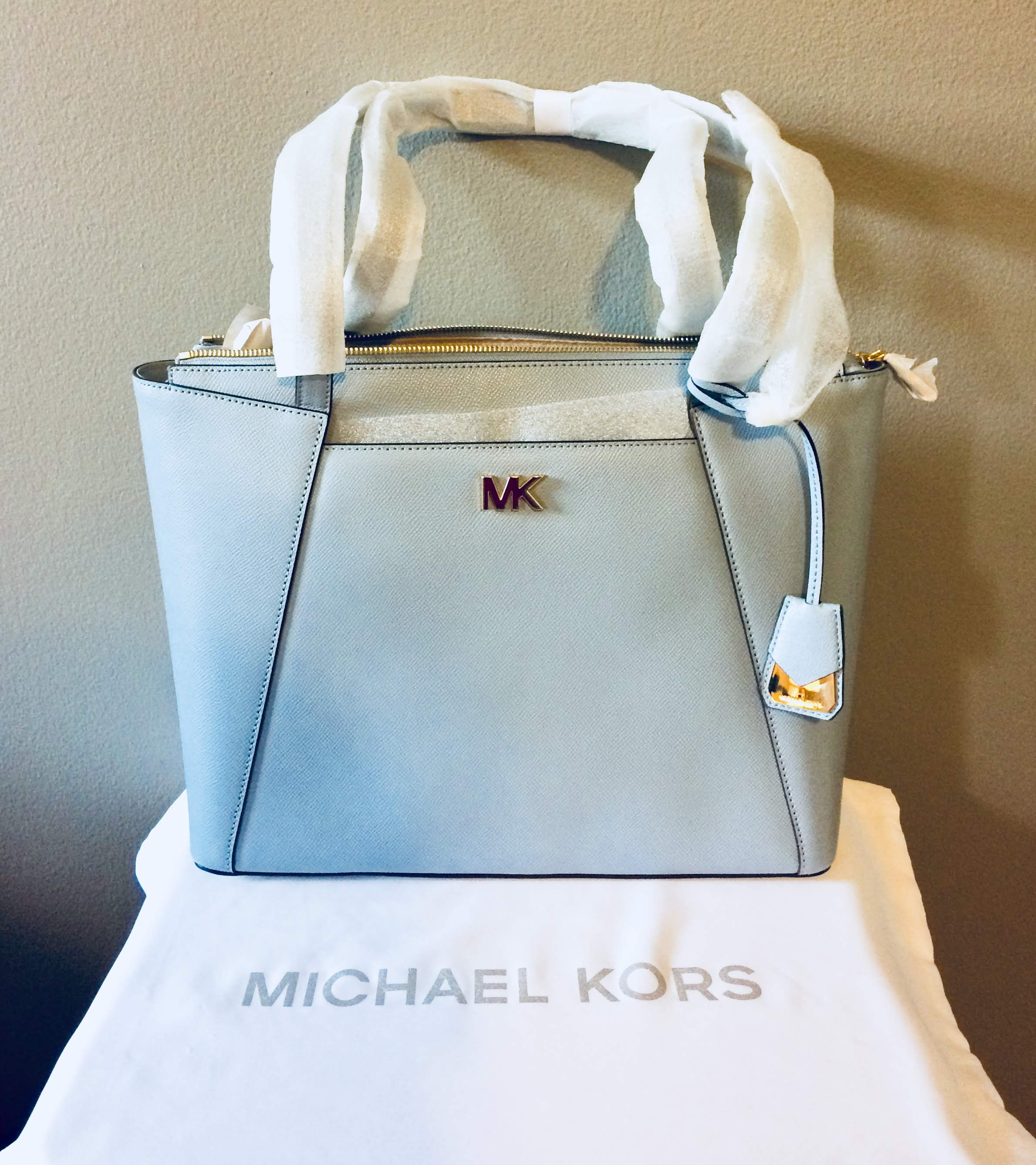 565b349991ad MICHAEL Michael Kors Maddie Medium East West Tote – Glamour and ...