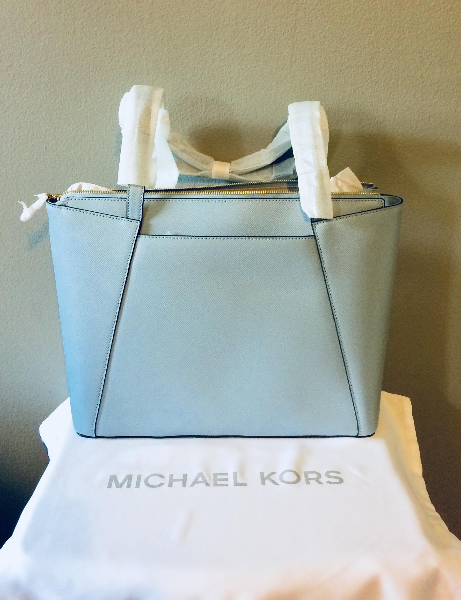 75fa381ffcfb MICHAEL Michael Kors Maddie Medium East West Tote – Glamour and ...