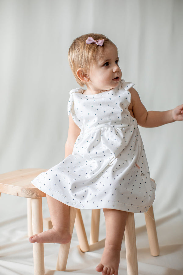 kinder capsule - clothes that grow with your child - organic, sustainable, made in USA