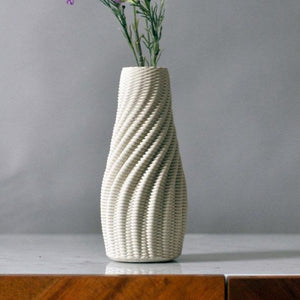 "Ribbed Vase 8"" - Raw"