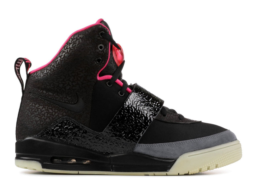 Authentic Nike Air Yeezy 1 Blink