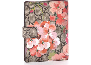 Authentic Gucci Passport Case Monogram GG Supreme Blooms Print Antique Rose
