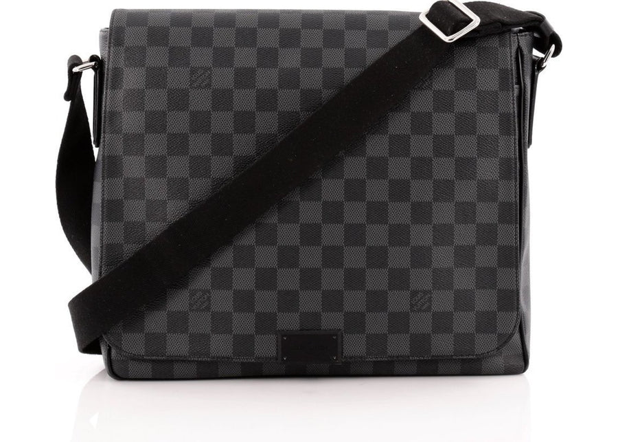 Louis Vuitton District Damier Graphite MM Black