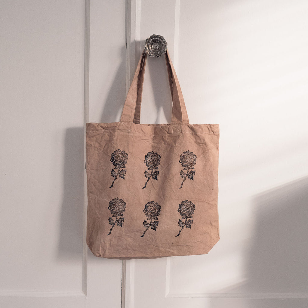 rose printed tote bag