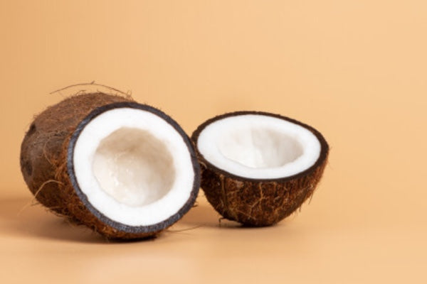 COCONUT OIL - ALL-NATURAL BEAUTY STAPLE