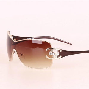 Italy Oversized Sunglasses Women Brand Designer Diamond Big Frame Sun Glasses For Womens Gold Retro Woman Sunnies Shades