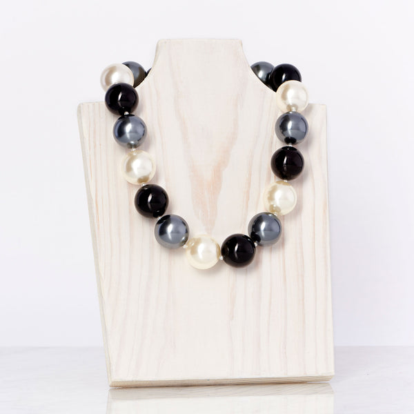 Ivory/Black/Grey Necklace