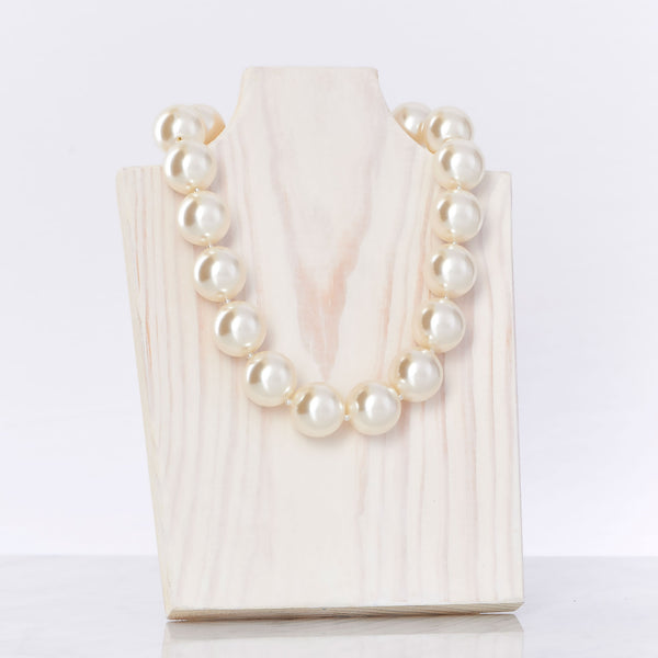 Ivory White Necklace