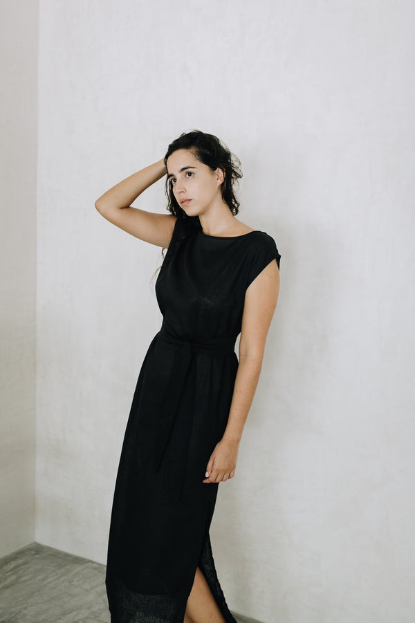 Long Linen Dress - La Patrona