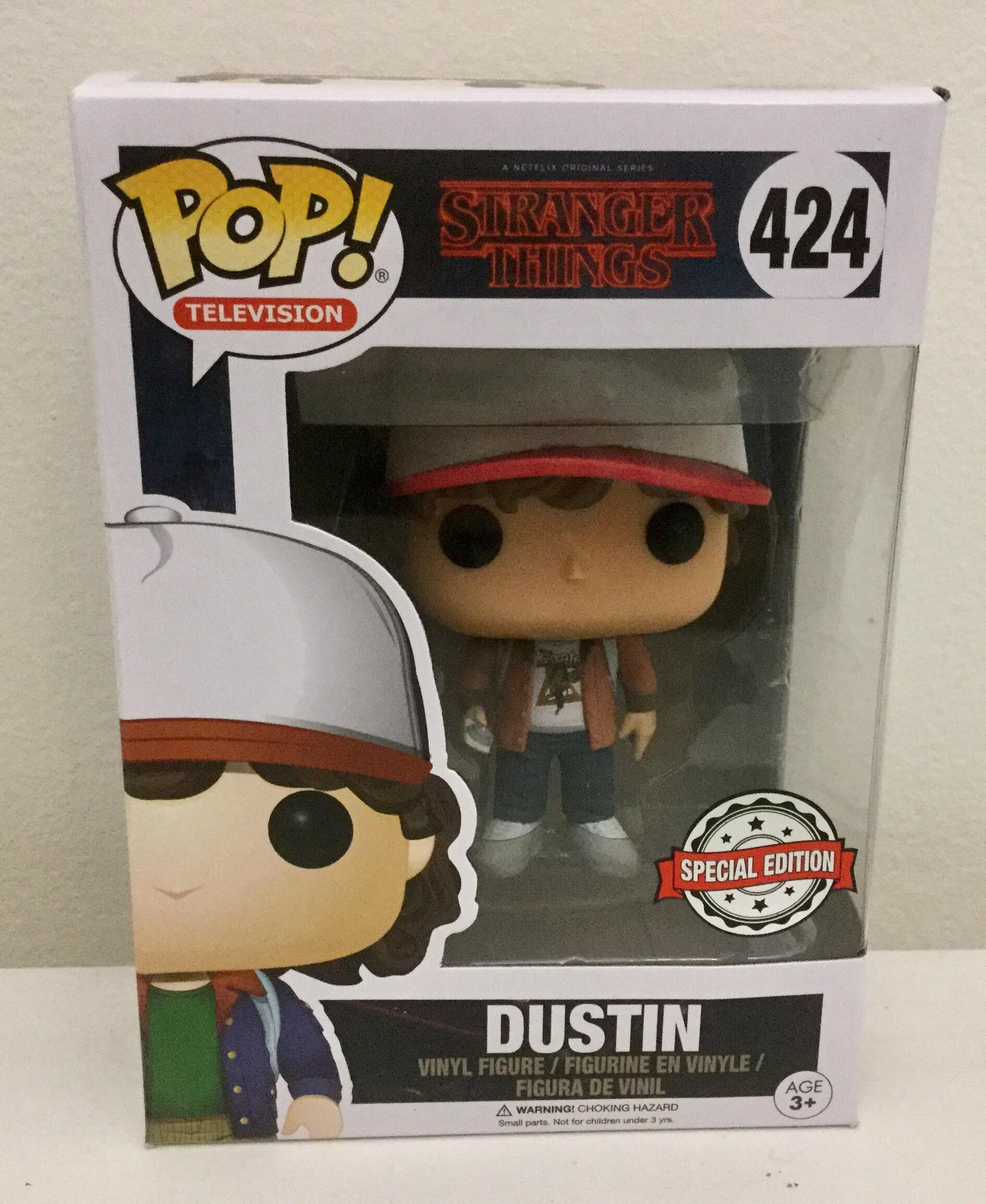Stranger Things - Dustin (Brown Jacket) US Exclusive Pop! Vinyl #424 Special Edition