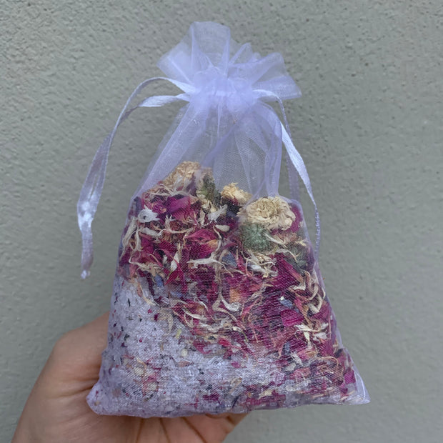 Herbal Salt Infusion Bath Tea - Rose