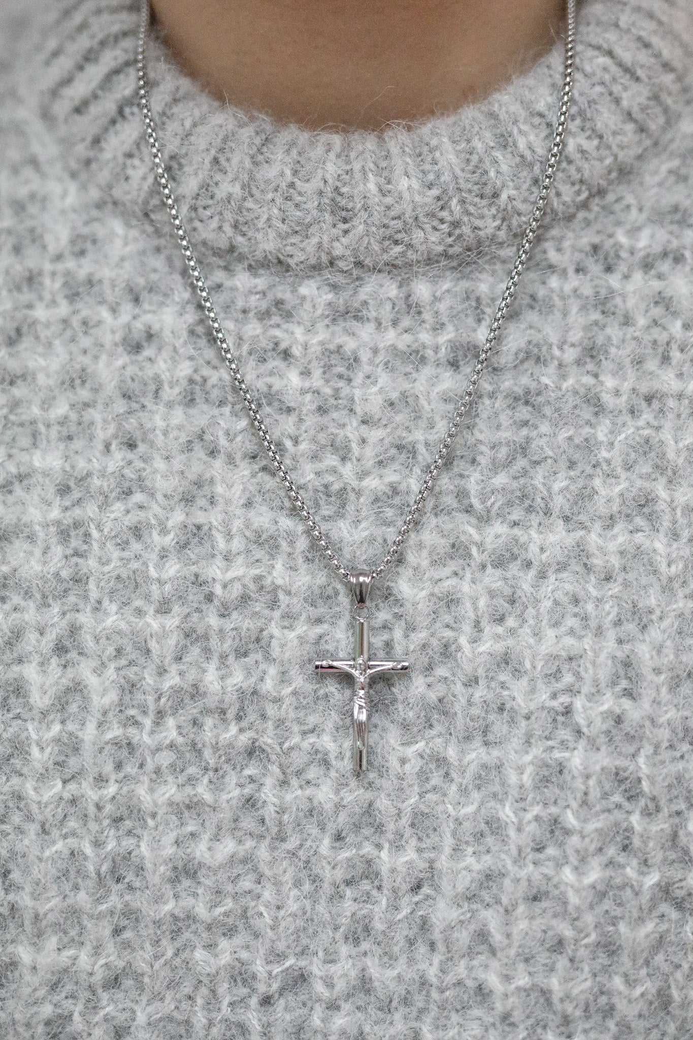 ARLO London silver stainless steel crucifix pendant jewellery accessory