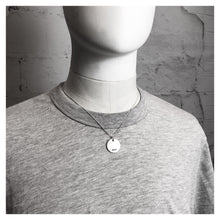 Load image into Gallery viewer, ARLO CIRCLE PENDANT