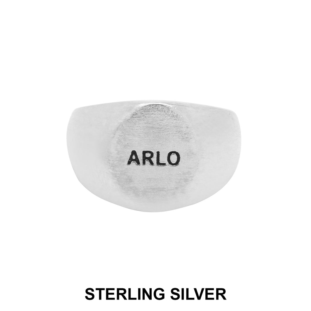 ARLO SIGNET RING - Matte Brushed