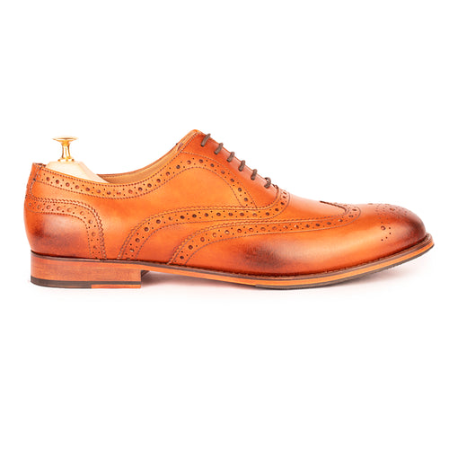 Tan Brogues : The Vega in Tan