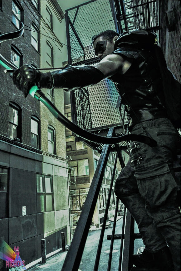 Green Arrow Recurve Bow Ollie Oliver Queen cosplay costume bow archery archer recurve chevron super hero superhero comic comics dc wb