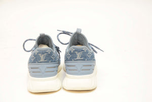 LOUIS VUITTON LIGHT BLUE SHOE