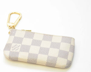 LOUIS VUITTON COIN BAG WHITE