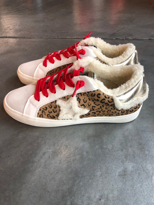 Cozy Pledge- White Multi Sneaker