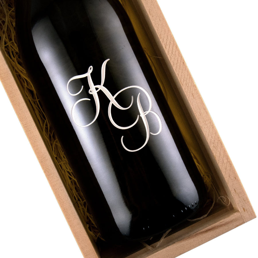 Monogram initials etched on a red wine bottle classy gift for wine drinkers by Etching Expressions