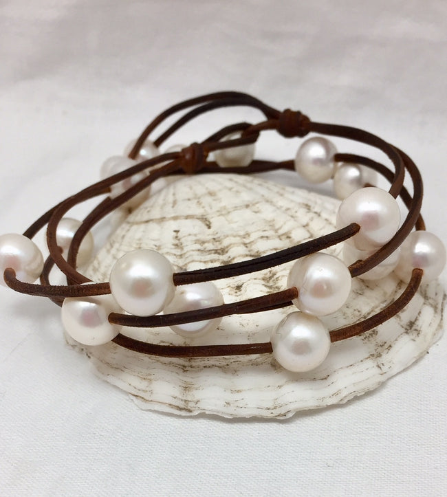 Cosmos Pearl and Leather Necklace