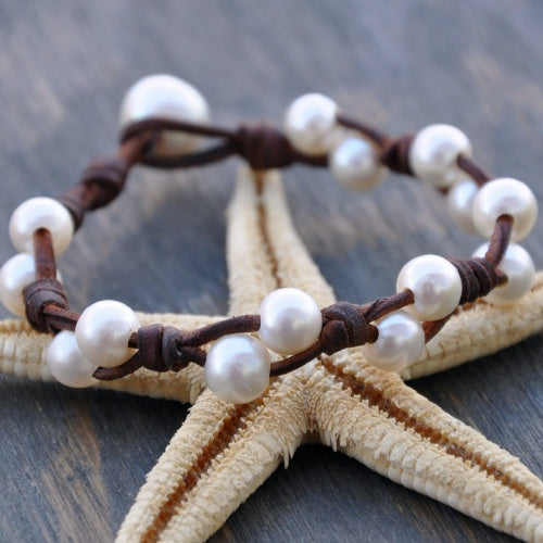 Comber Pearl and Leather Bracelet