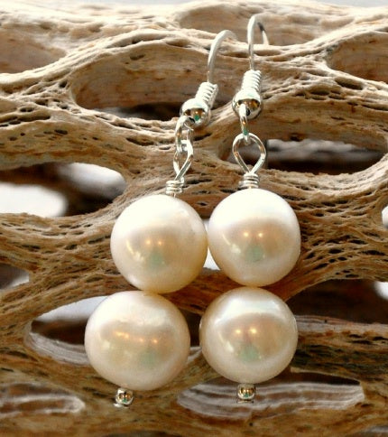 Twin Moon Pearl Earring