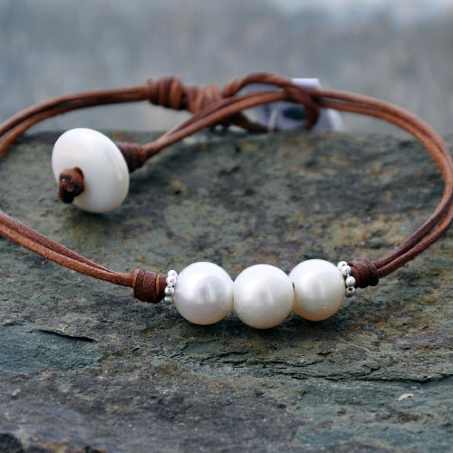 White Point Pearl and Leather Anklet