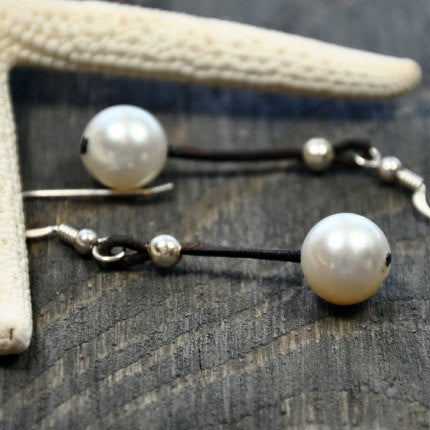 Droplet Pearl and Leather Earring