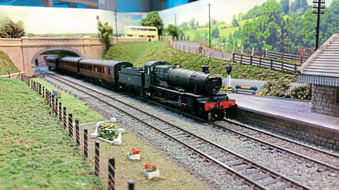 miniature modelling train layout