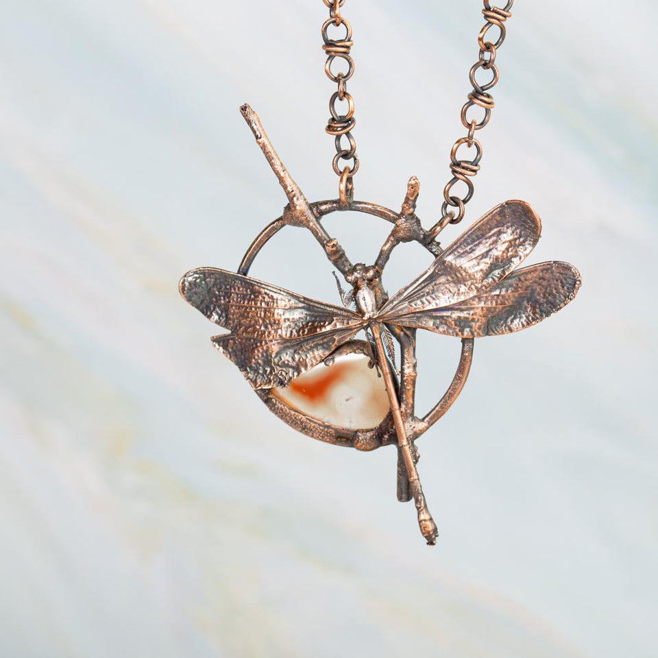 Real Dragonfly and Peach Agate Eformed Pendant Necklace | Tinklet Jewelry necklace/pendant Tinklet