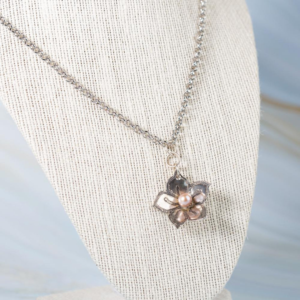 Silver Flower Pendant with Pearl or Onyx | Tinklet Jewelry necklace/pendant Tinklet