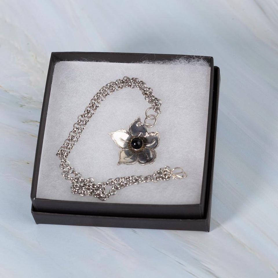 Silver Flower Pendant with Pearl or Onyx | Tinklet Jewelry necklace/pendant Tinklet Black Onyx