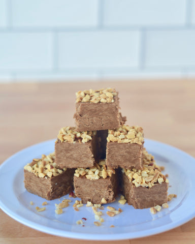 Chocolate peanut butter fudge ingredients. Made with creamy peanut butter.