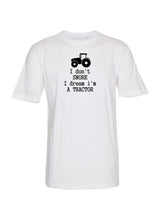 I don't snore I dream I'm a tractor (Børne t-shirt)