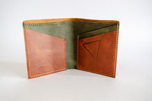 "Load image into Gallery viewer, The ""Clásico"" Bi-Fold Wallet // BURNED ORANGE & GREEN"