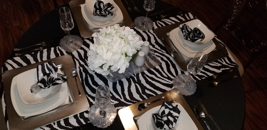Zebra Runner and Napkin Set