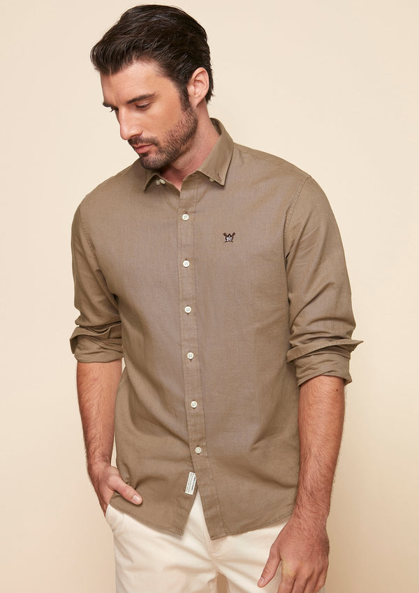BUTTON DOWN COLLAR LOGO SHIRT