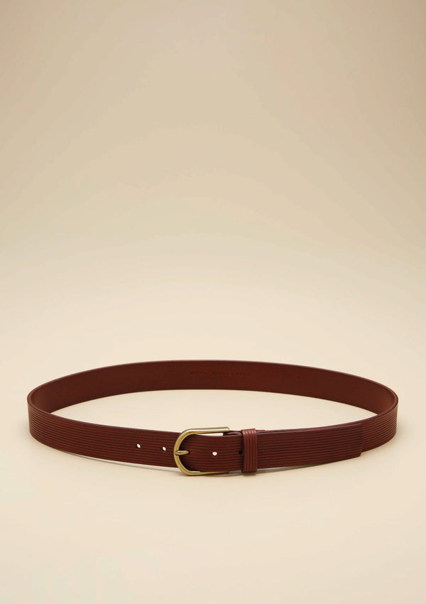 CURVE BUCKLE LEATHER BELT