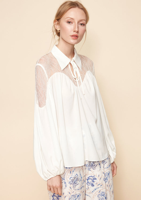 PUFFED SLEEVE BLOUSE