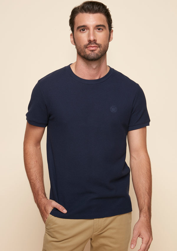 SHORT-SLEEVED PIQUE TEE