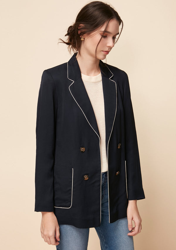 LIGHT BLAZER WITH CONTRAST PIPING